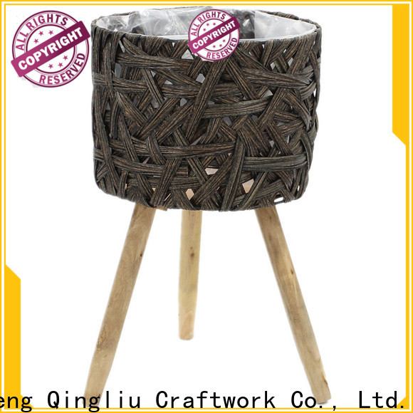 Yimeng Qingliu New wooden planters supply for outdoor